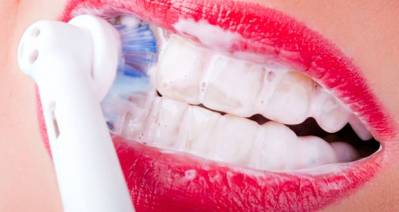 Bleaching Toothpaste Does Teeth Whitening Work