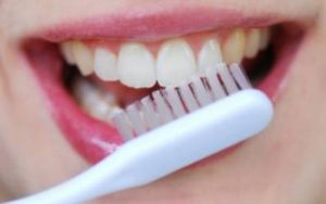 How to Disinfect a Toothbrush_398x249